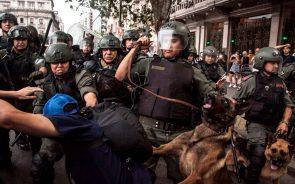 Crece la represión estatal a las protestas contra la Reforma Previsional